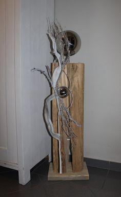 GS14 - Große exclusive Dekosäule! Große gespalten Säule aus altem Holz, dekoriert mit natürlichen Materialien und zwei Edelstahlkugeln! Höhe ca. 120cm - Preis 149,90€