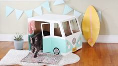 Cardboard Bus Cat House Tutorial | eHow