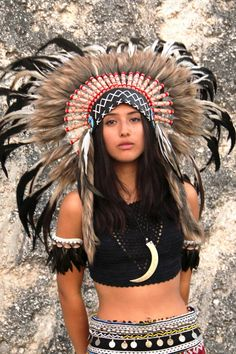 Indian headdress replica black cream and red short