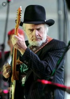 Merle Haggard - Another great pin of Merle, such an important musical part of our lives personally. Old Country Music, Outlaw Country, Country Music Stars, Country Man, Country Musicians, Country Music Artists, Country Singers, Rock Roll, I Love Music
