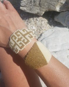 White and gold geometric macrame bracelet,Adjustable,Luxurious jewelry,Macrame jewelry,Wide macrame,Knotted wide bracelet,macrame bangle