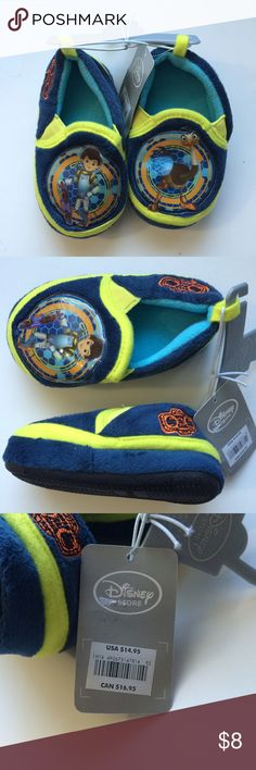 🆕 Disney Boys Slippers New with tags! Disney Miles Cartoon, Size 5/6, Original price $14.95 Disney Shoes Slippers