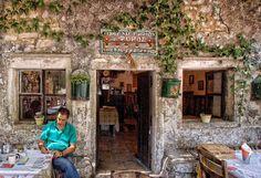 O Foros in Perithia, Corfu
