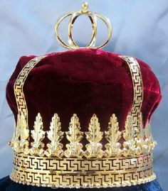 Imperial State Mens King Rhinestone Gold and Red Crown
