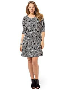 Eclipse Shadow Shift Dress by Triste Available in sizes 0X-5X