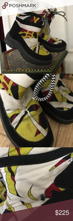 Emilio Pucci snow boots Super comfortable and practical snowboots they Emilio Pucci. Totally wearable print too without being obnoxious. Show some wear except for bottoms which look like new. Emilio Pucci Shoes Winter & Rain Boots