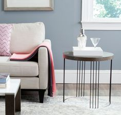 Safavieh Furniture - A nod to plane geometry, the round Kelly Side Table creates a crisp contemporary statement beside a sofa or chair. This chic table is crafted with two Black End Tables, Black Side Table, Modern End Tables, White Side Tables, Sofa End Tables, End Tables With Storage, Coffee Tables, Black Furniture, Table Furniture