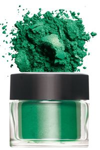 CND Additives: Pigment in Medium Green