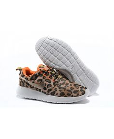 b051d1859a546 Femme Nike Roshe Run Café Noir Orange Chaussures