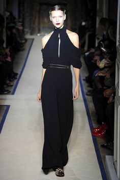 Yves Saint Laurent Spring 2011 RTW - Review - Collections - Vogue