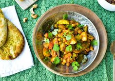 Kikærtepande med kartofler og karry
