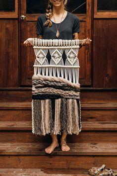 Macrame wall hangings are back in a beautifully modern way. These 11 companies create stunning macrame wall hangings to create a boho vibe in your home. Macrame Design, Macrame Art, Macrame Knots, Weaving Projects, Macrame Projects, Weaving Designs, Weaving Wall Hanging, Wall Hangings, Tapestry Weaving