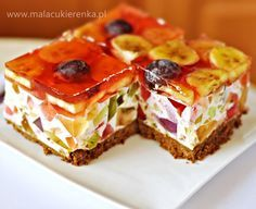 colorful cheesecake with jelly and fruit Polish Desserts, Polish Recipes, No Bake Desserts, Jello Recipes, Cake Recipes, Dessert Recipes, Delicious Deserts, Yummy Food, Sweet Cakes