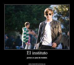 El instituto (FOTO Desmotivaciones)