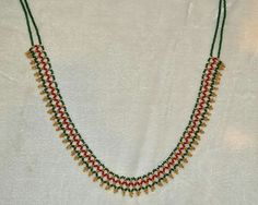 J Pearl Necklace Designs, Gold Earrings Designs, Gold Jewellery Design, Bead Jewellery, Beaded Necklace, Gold Jewelry Simple, Trendy Jewelry, Beaded Jewelry Patterns, Galleries