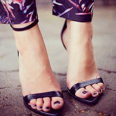 7 trucchi per eliminare il cattivo odore dalle scarpe e sudore meno nei piedi