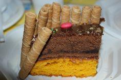 Bolo duplo de Cenoura e Chocolate com cobertura de chocolate * Carrot cake and double chocolate with chocolate icing