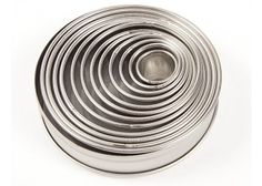 Cake Decorating Shop, Cupcake Shops, Bakeware, Tins, Cakes, Tin Cans, Food Cakes, Pastries, Torte