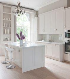Grace Kitchen - London - Mowlem Co Design White Gloss Kitchen, Classic White Kitchen, White Kitchen Cabinets, White Cupboards, Kitchen Island, Tall Cabinets, Timeless Kitchen, All White Kitchen, Shaker Cabinets