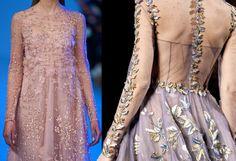 #moda #fashion - Dal rosa pallido al viola intenso, gli abiti da sera, i cappottini e gli accessori, strizzano l'occhio all'Haute Couture e si vestono di romanticismo e magia. http://www.sfilate.it/230568/tutte-sfumature-rosa-fascino-colore-bon-ton