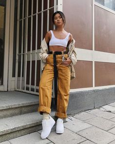 coffee date outfit Trendy Outfits, Summer Outfits, Fashion Outfits, Fashion Tips, Fashion Quiz, Frock Fashion, Fashion Pants, Boho Fashion, Vintage Fashion