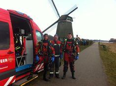 Zaanstreek Brandweer duikers bij de mill de Twiske.
