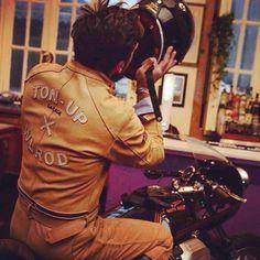Moto Guzzi Cafe Racer - Ton Up Garage #motorcycles #caferacer #motos | caferacerpasion.com