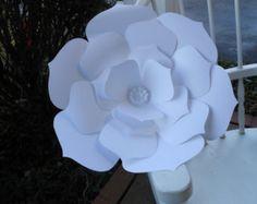 Flor de papel de 2 pies gigantes para la decoración por comeuppance