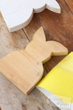 Last Minute *Osterhasen-DIYs* - Hasen aus Holz Anleitung