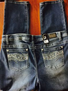 5d39c973622 Woman s Earl Jean 14P Rhinestone Stretch Skinny Jeans Bling Me Sexy NWT s