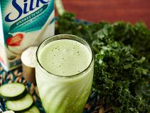 This Silk Green Goddess smoothie recipe is just one of a ton from Silk®. (Check out their Smoothie Solutions for more!)