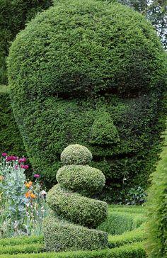 Topiary Face - Abbey House Gardens Malmesbury