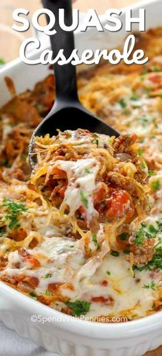 This simple spaghetti squash casserole is one of our favorite weeknight casserole recipes. It is bursting with flavors, healthy, and low carb! Healthy Recipes Spaghetti Squash Casserole - Spend With Pennies Beef Recipes, Vegetarian Recipes, Easy Recipes, Simple Cooking Recipes, Low Carb Crockpot Recipes, Simple Low Carb Meals, Simple Healthy Recipes, Healthy Vegetable Recipes, Quick Easy Meals