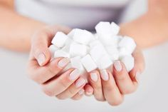 We all know that excessive sugar intake is a top contributor to many health issues. Here are Shawna Kunselman's (of Wellness Speaks) top 5 easy ways to reduce your sugar intake. Diet And Nutrition, Nutrition Tracker, Health Diet, Effects Of Sugar, How Much Sugar, Sugar Consumption, High Sugar, Acide Aminé, Sugar Intake