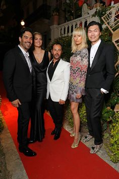Karolina Kurkova Photos Photos - Jim Mannino, Kate Upton, Ricardo Roja, Karolina Kurkova and Axel Huynh attend the AMORE cocktail reception hosted by Ricardo Rojas and Jim Mannino on the Lemon Lemon Terrace during the 70th Annual Cannes Film Festival at Villa AH on May 24, 2017 in Cannes, France. - AMORE Cocktail Reception Hosted by Ricardo Roja & Jim Mannino on the Lemon Lemon Terrace