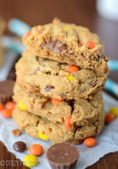 These Reese's Overload Peanut Butter Cookies are so easy!! No flour or butter and they're full of peanut butter flavor!