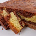 Prajitura cu ciocolata ombre (in degrade) Banana Bread, Gen, Breakfast, Desserts, Food, Baking, Breakfast Cafe, Tailgate Desserts, Deserts