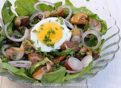 Salata de spanac cu ciuperci si ou - Bucataria Romaneasca Cobb Salad, Salad Recipes, Eggs, Breakfast, Meal, Egg, Egg As Food, Morning Breakfast