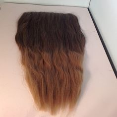 Ombré Hair Extensions 21-22 inches long with 5 clips. Synthetic hair Accessories Hair Accessories