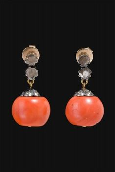 Earrings French manufacture 1920