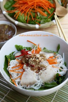 Pork with Fermented Anchovy Dipping Sauce (Thịt Luộc Mắm Nêm) from http://www.vietnamesefood.com.vn/vietnamese-recipes/easy-vietnamese-recipes/pork-with-fermented-anchovy-dipping-sauce-thit-luoc-mam-nem.html