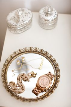 need a little jewelry tray like this...