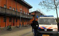 azc almere nieuw onderzoek aanrandingen