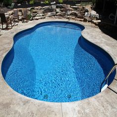 Pool Warehouse had 16 x 32 Rectangle In-ground Swimming Pool Kit in stock and ready to ship! Our pool kits come with everything you need for installation. Pool Sizes Inground, Vinyl Pools Inground, Swimming Pool Kits, Swimming Pool Designs, In Ground Pool Kits, Ground Pools, Kayak Pools, Pool Warehouse, Warehouse Design