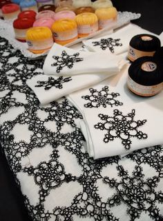 Makes me think that maybe one could use black Tatted lace instead of Blackwork stitching on Tudor pieces .... I wonder, hmmmm....