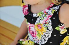Nähanleitung und gratis SM für dieses Mädchenkleid