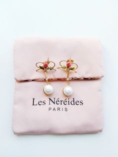 Authentic Les Nereides Bow, rosebud and two-colored pearl earrings