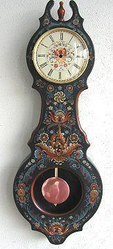 Hallingdal Style Pendulum Clock Clock Painting, Tole Painting, Clock Drawings, Kitsch, Doodle Paint, Norwegian Rosemaling, Pendulum Clock, Pop Art, Scandinavian Art