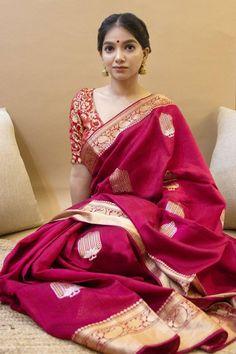 Indian Silk Sarees, Soft Silk Sarees, Banarasi Sarees, Lehenga, Anarkali, Chiffon Saree, Churidar, Red Saree, Saree Look