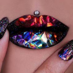 Amazing!! Holographic lip art makeupaddictioncosmetics...how??